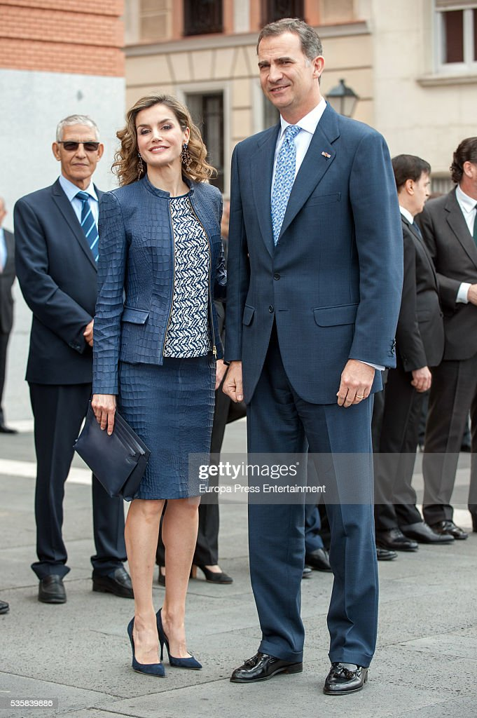 King Felipe of Spain and Queen <a gi-track='captionPersonalityLinkClicked' href=/galleries/search?phrase=Letizia+of+Spain&family=editorial&specificpeople=158373 ng-click='$event.stopPropagation()'>Letizia of Spain</a> attend the opening of the painting exhibition 'The Bosch' at El Prado Museum on May 30, 2016 in Madrid, Spain.