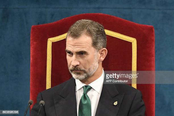 King Felipe of Spain attends the Princess of Asturias Awards ceremony at the Campoamor Theatre in Oviedo on October 20 2017 / AFP PHOTO / MIGUEL RIOPA