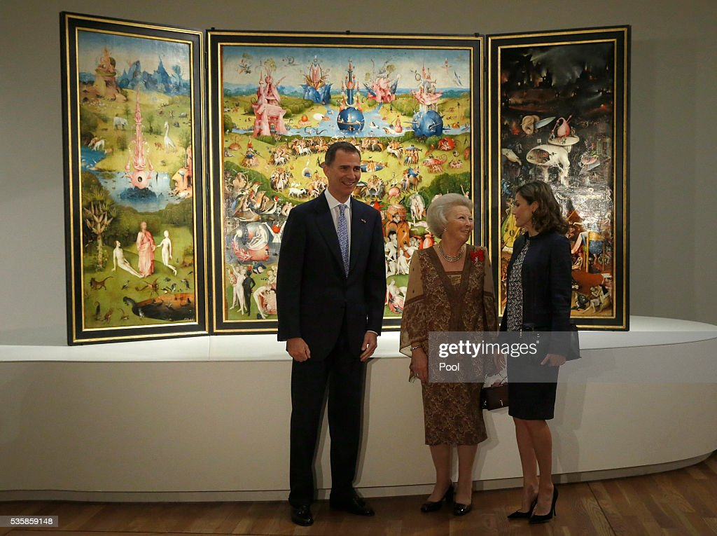 King Felipe of Spain (L), Queen Letizia of Spain (R) and Beatrix of the Netherlands stand in front of 'The Garden of Earthly Delights' by Hieronymus Boschduring a visit to the 'El Bosco' 5th Centenary Anniversary Exhibition at El Prado Museum on May 30, 2016 in Madrid, Spain.