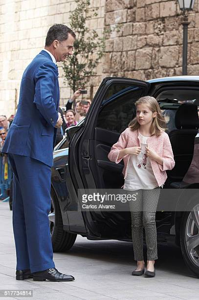 King Felipe VI of Spain and Princess Leonor of Spain attend the Easter Mass at the Cathedral of Palma de Mallorca on March 27 2016 in Palma de...
