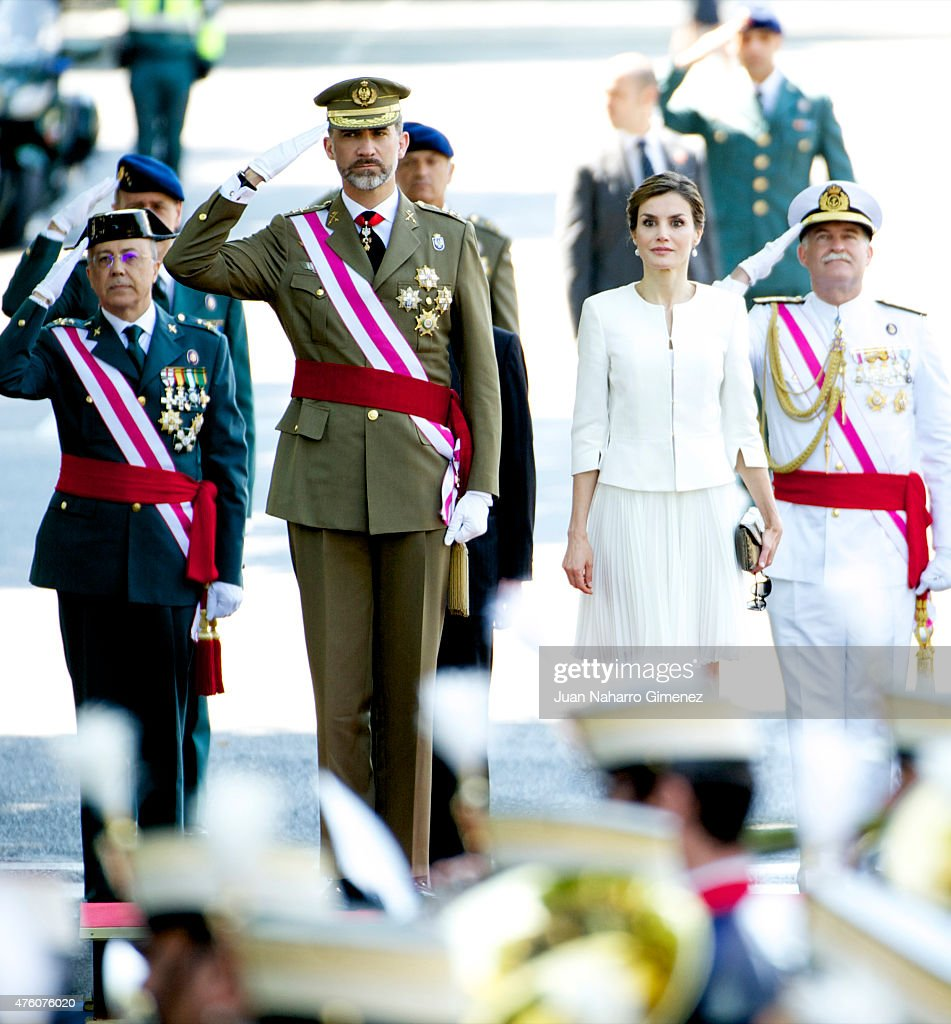 King Felipe VI of Spain (L) and Queen Letizia of Spain attend the 2015 Armed Forces Day at Plaza de la Lealtad on June 6, 2015 in Madrid, Spain.