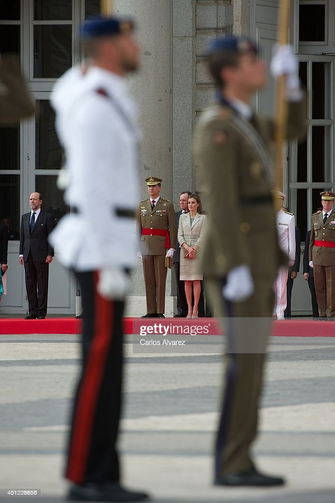 King Felipe VI of Spain and Queen Letizia of Spain (C) receive Armed Forces and Guardia Civil at the Royal Palace on June 25, 2014 in Madrid, Spain.