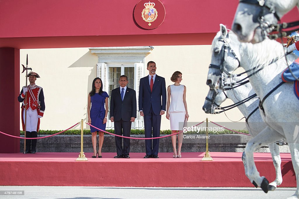 King Felipe VI of Spain (2R) and Queen Letizia of Spain (R) receive Peruvian President Ollanta Humala Tasso (2L) and wife Nadine Heredia Alarcon (L) at the El Pardo Palace on July 7, 2015 in Madrid, Spain.
