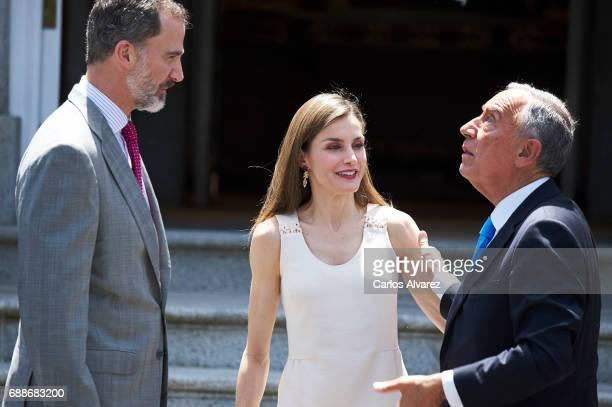 King Felipe VI of Spain and Queen Letizia of Spain receive Portuguese President Marcelo Rebelo de Sousa at Zarzuela Palace on May 26 2017 in Madrid...