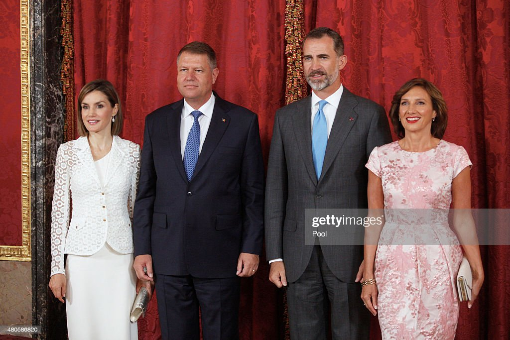King Felipe VI of Spain (2R) and Queen Letizia of Spain (L) receive Romanian President Klaus Werner Iohannis (2L) and wife Carmen Iohannis (R) at the Royal Palace on July 13, 2015 in Madrid, Spain.