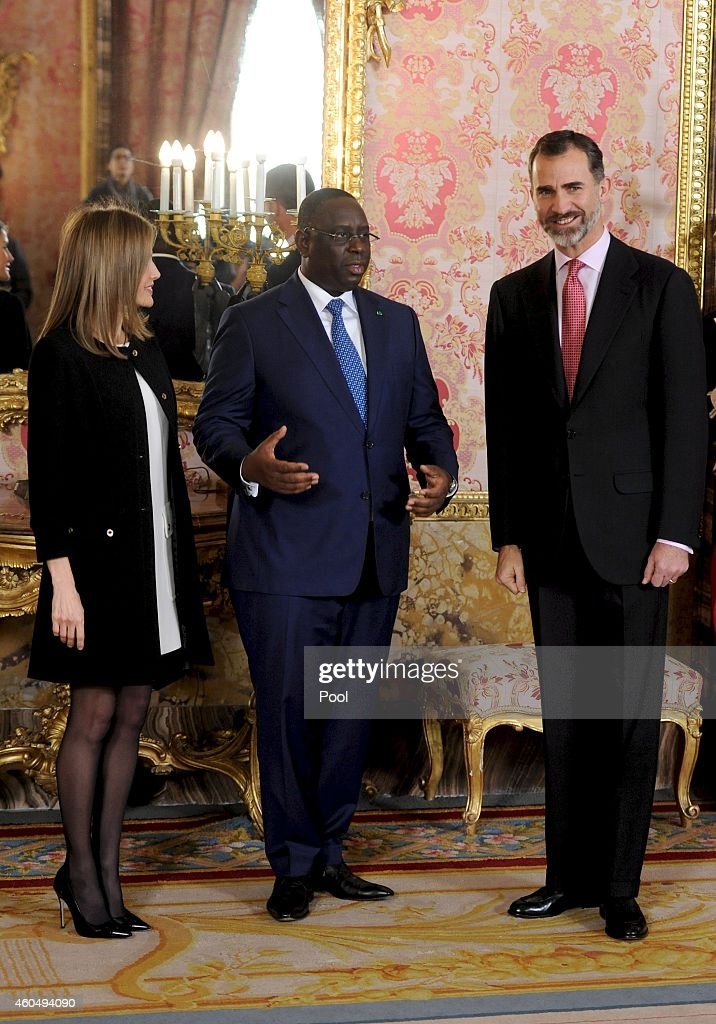 King <a gi-track='captionPersonalityLinkClicked' href=/galleries/search?phrase=Felipe+VI+of+Spain&family=editorial&specificpeople=4881076 ng-click='$event.stopPropagation()'>Felipe VI of Spain</a> (R) and Queen <a gi-track='captionPersonalityLinkClicked' href=/galleries/search?phrase=Letizia+of+Spain&family=editorial&specificpeople=158373 ng-click='$event.stopPropagation()'>Letizia of Spain</a> (L) receive Senegal's President <a gi-track='captionPersonalityLinkClicked' href=/galleries/search?phrase=Macky+Sall&family=editorial&specificpeople=598630 ng-click='$event.stopPropagation()'>Macky Sall</a> (C) at the Royal Palace on December 15, 2014 in Madrid, Spain.