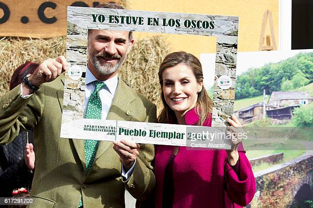 King Felipe VI of Spain and Queen Letizia of Spain visit Los Oscos Region on October 22 2016 in Los Oscos Spain The region of Los Oscos was honoured...