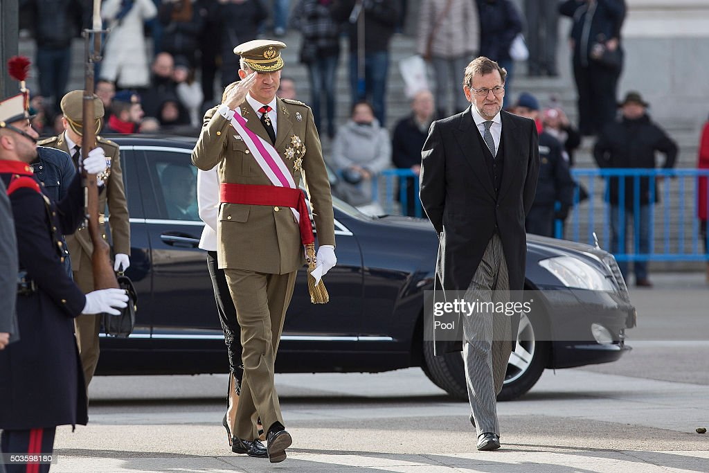 King Felipe VI of Spain and Spanish prime minister Mariano Rajoy attend the Pascua Militar ceremony at the Royal Palace on January 6 2016 in Madrid...