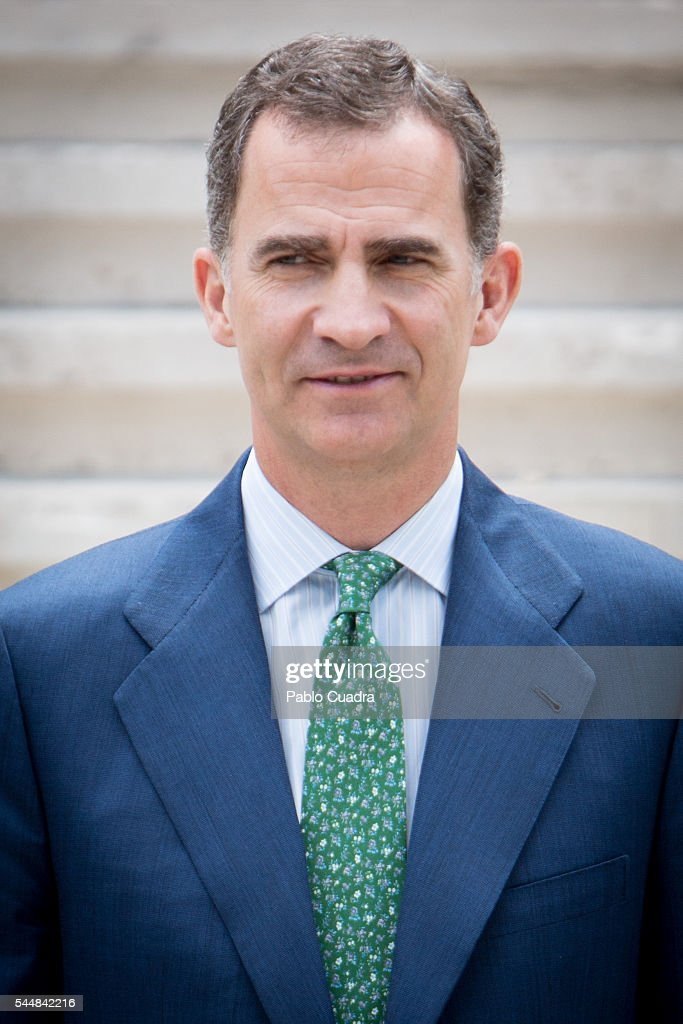 king-felipe-vi-of-spain-attends-cjc-2016-el-centenario-de-un-nobel-picture-id544842216