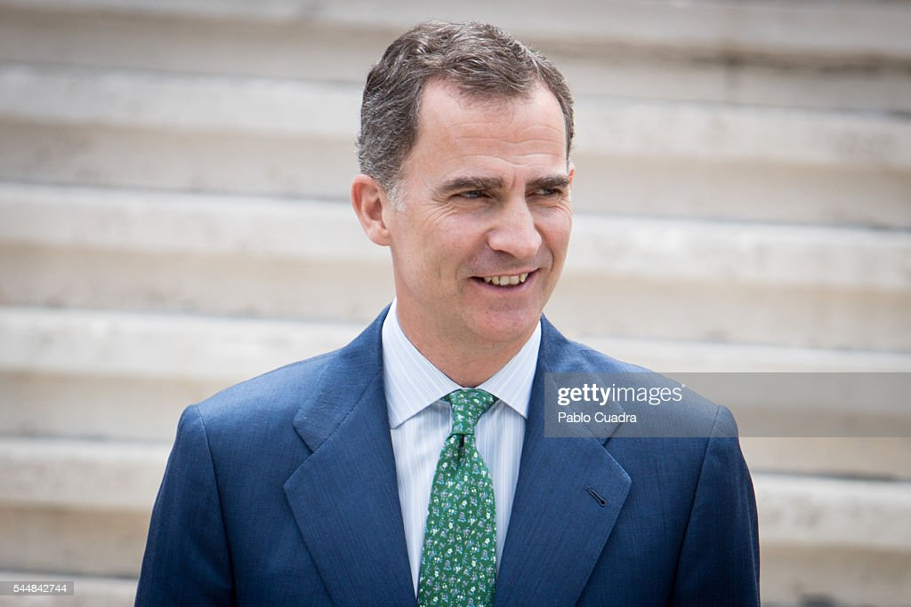king-felipe-vi-of-spain-attends-cjc-2016-el-centenario-de-un-nobel-picture-id544842744