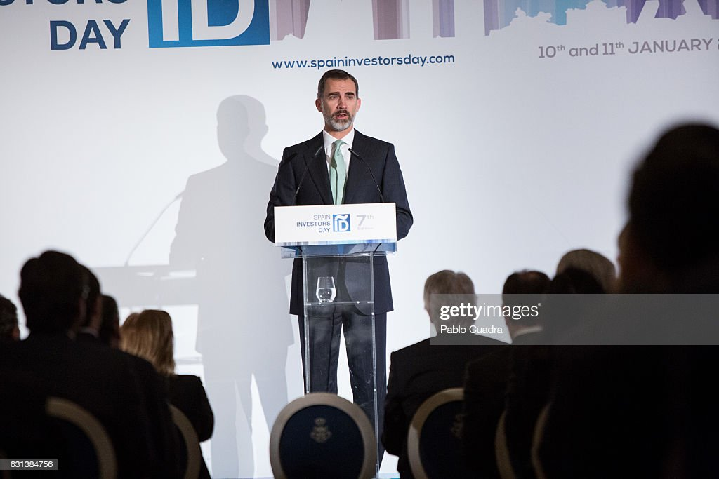 king-felipe-vi-of-spain-attends-the-spain-investors-day-at-ritz-hotel-picture-id631384756