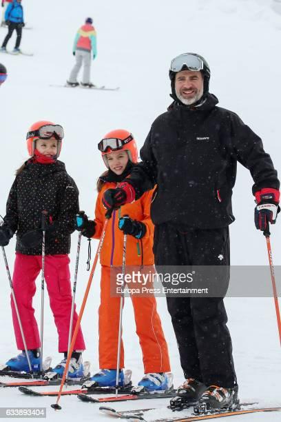 King Felipe VI of Spain Princess Leonor and Princess Sofia go skiing on February 5 2017 in Huesca Spain