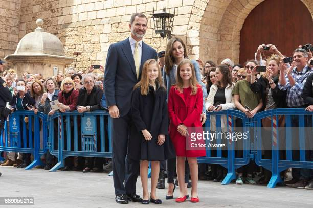 King Felipe VI of Spain Princess Leonor of Spain Queen Letizia of Spain and Princess Sofia of Spain attend the Easter Mass at the Cathedral of Palma...