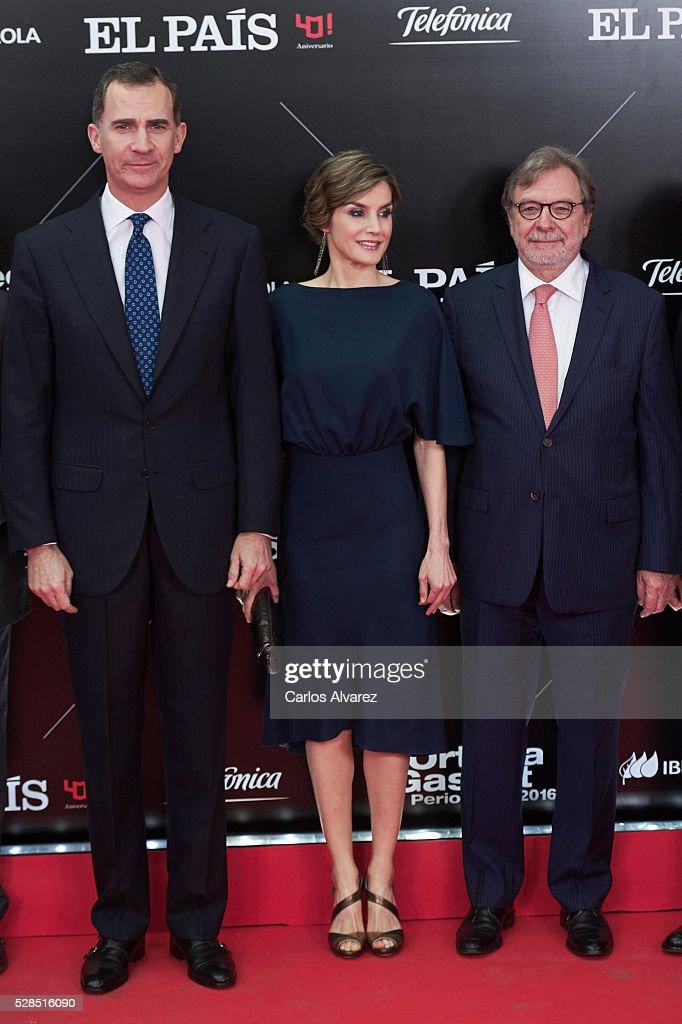 King Felipe VI of Spain, Queen Letizia of Spain and President of PRISA group Juan Luis Cebrian attend 'Ortega Y Gasset' journalism awards 2016 at Palacio de Cibeles on May 05, 2016 in Madrid, Spain.
