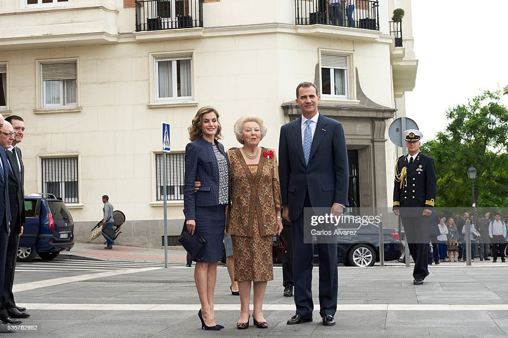 King Felipe VI of Spain (R), Queen Letizia of Spain (L) and Princess Beatrice of Holland (C) attend the 'El Bosco' 5th Centenary Anniversary Exhibition at the El Prado Museum on May 27, 2016 in Madrid, Spain.
