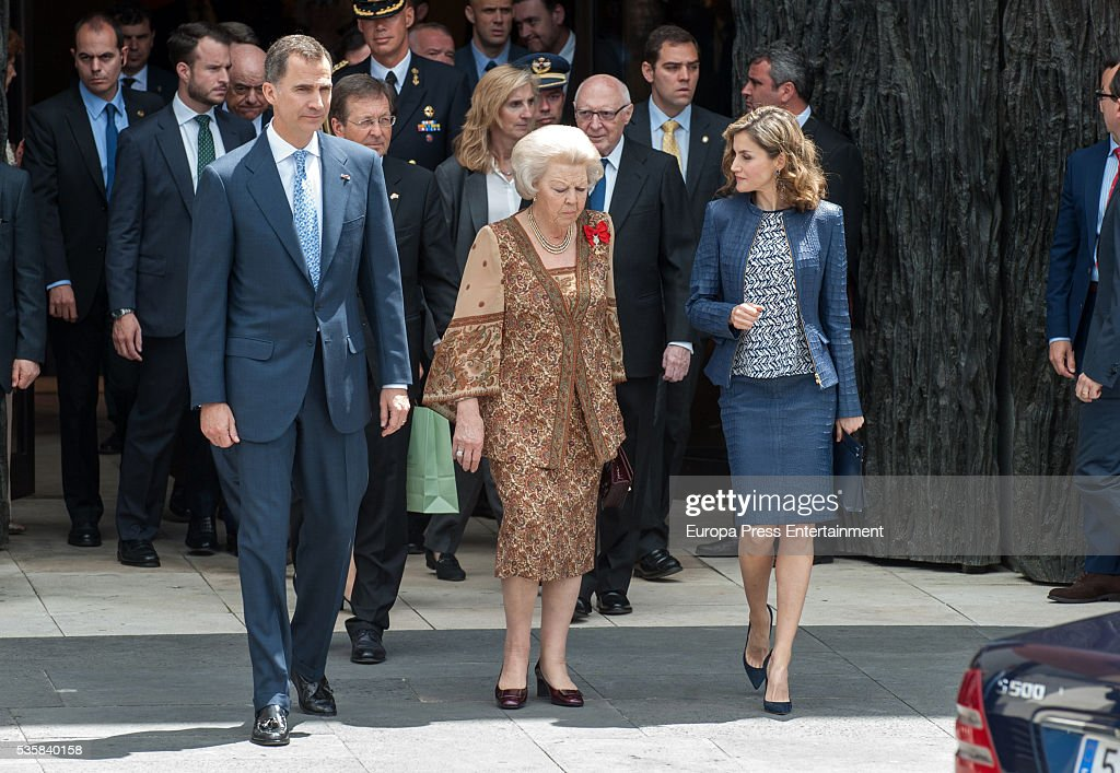 King Felipe VI of Spain, Queen Letizia of Spain and Princess Beatrice of Holland (C) attend the opening of the painting exhibition 'The Bosch' at El Prado Museum on May 30, 2016 in Madrid, Spain.