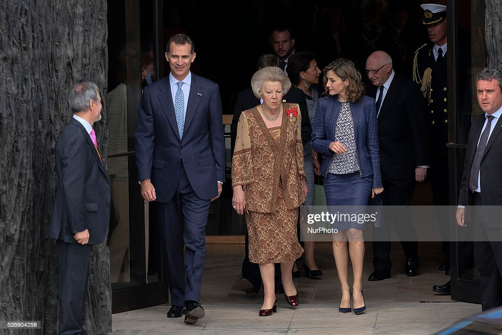 King Felipe VI of Spain (L), Queen Letizia of Spain (R) and Princess Beatrice of Holland (C) attend the 'El Bosco' 5th Centenary Anniversary Exhibition at the El Prado Museum on May 27, 2016 in Madrid, Spain.