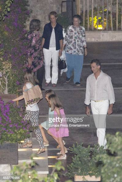 King Felipe VI of Spain Queen Letizia of Spain their daugthers Princess Leonor of Spain and Princess Sofia of Spain Queen Sofia of Spain Princess...
