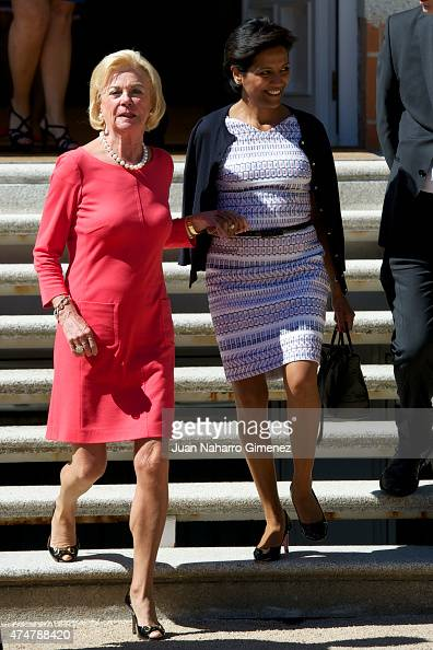 King Felipe VI of Spain receives Liz Mohn president of the Bertelsmann Foundation at Zarzuela Palace on May 26 2015 in Madrid Spain