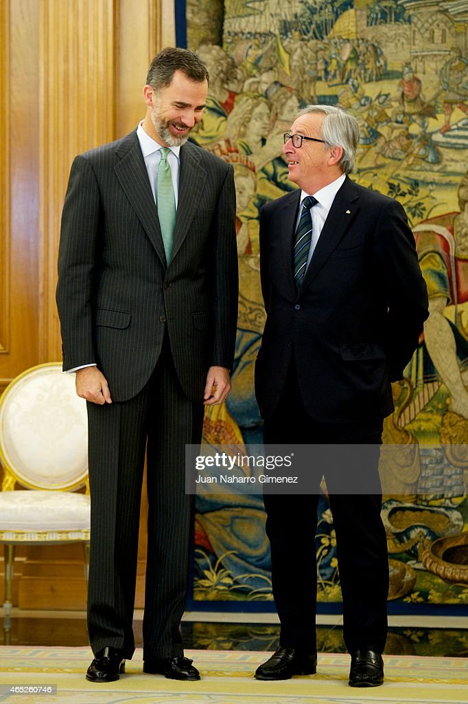 King <a gi-track='captionPersonalityLinkClicked' href=/galleries/search?phrase=Felipe+VI+of+Spain&family=editorial&specificpeople=4881076 ng-click='$event.stopPropagation()'>Felipe VI of Spain</a> (L) receives the President of the European Commission <a gi-track='captionPersonalityLinkClicked' href=/galleries/search?phrase=Jean-Claude+Juncker&family=editorial&specificpeople=207032 ng-click='$event.stopPropagation()'>Jean-Claude Juncker</a> at Zarzuela Palace on March 5, 2015 in Madrid, Spain.