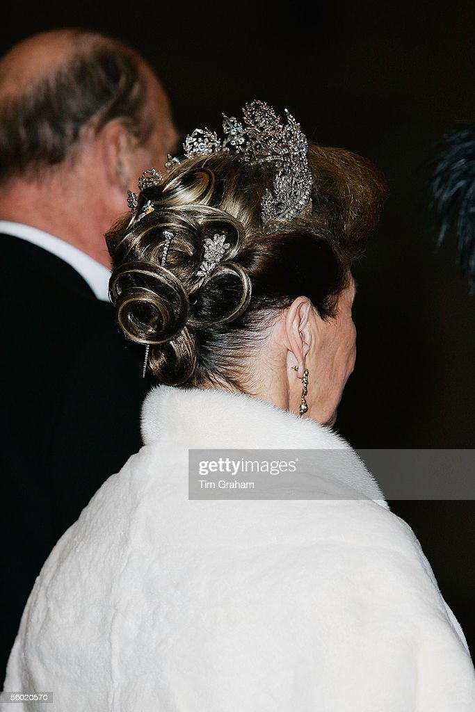 King Harald and Queen Sonja of Norway arrive for a dinner held at the Guildhall on October 26, 2005 in London, England.