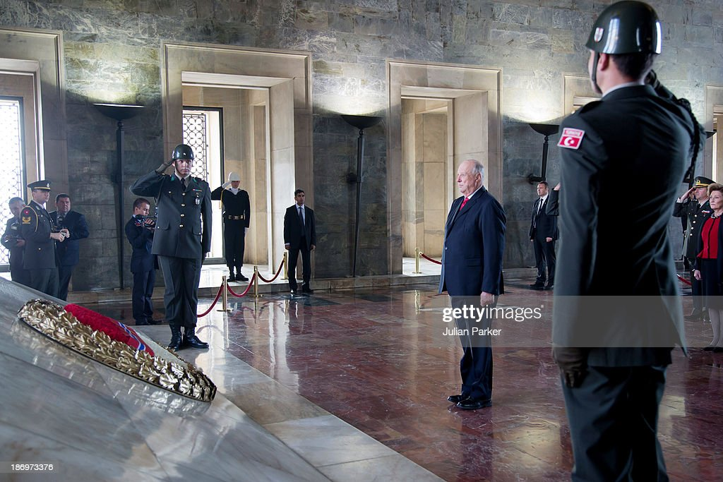 <a gi-track='captionPersonalityLinkClicked' href=/galleries/search?phrase=King+Harald+of+Norway&family=editorial&specificpeople=159451 ng-click='$event.stopPropagation()'>King Harald of Norway</a> and Queen Sonja of Norway (not pictured) visit the Ataturk Mausoleum, on day one of thier State visit to Turkey, on November 5, 2013 in Ankara, Turkey.
