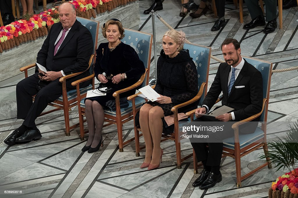 King Harald of Norway, Queen Sonja of Norway, Crown Princess Mette Marit of Norway and Crown Prince Haakon of Norway watch as President Juan Manuel Santos of Colombia delivers his acceptance speech during the Nobel Peace Prize ceremony at Oslo Town Hall on December 10, 2016 in Oslo, Norway.