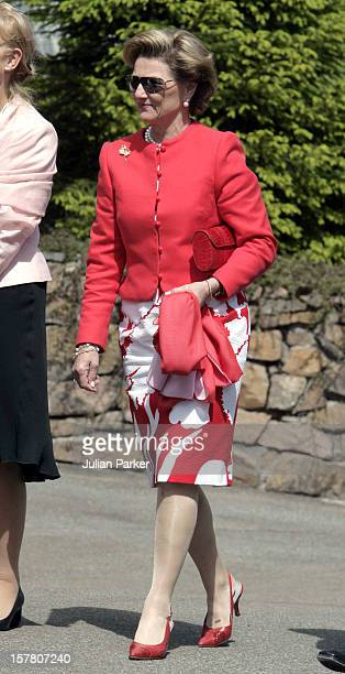King Harald Queen Sonja Of Norway Attend A Luncheon At Voksenasen Near Oslo During A TwoDay Visit To Norway By King Carl Gustav Queen Silvia Crown...