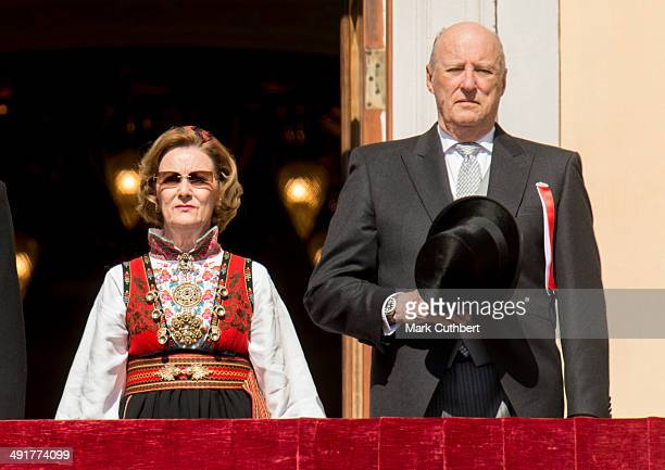 King Harald V of Norway and Queen Sonja of Norway watch the National Day Childrens Parade from the Royal Palace on May 17 2014 in Oslo NorwayÊ