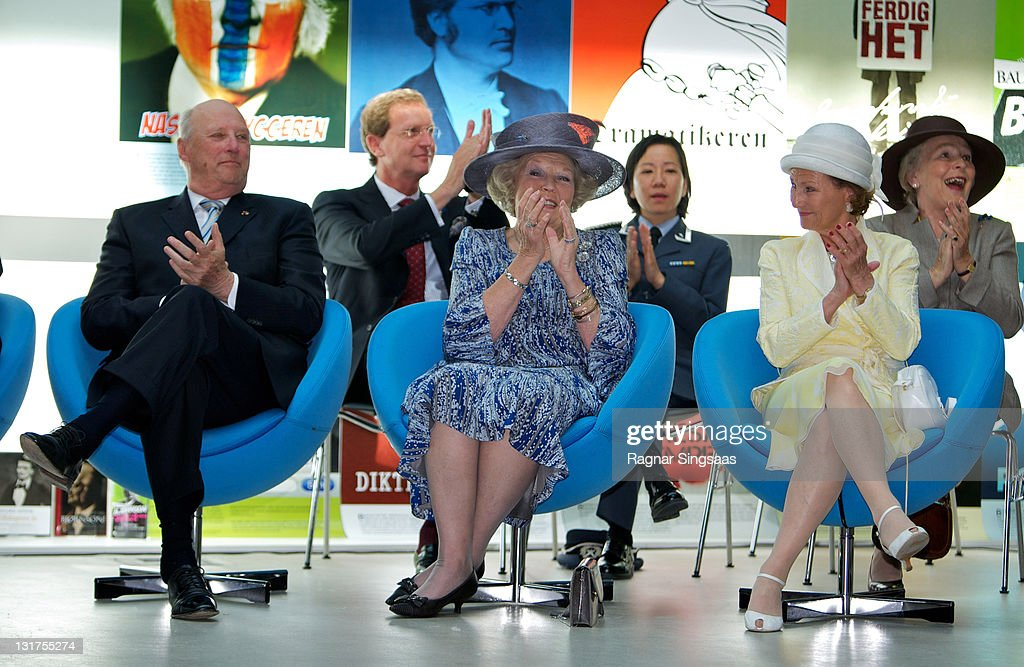 King Harald V of Norway, Queen Beatrix of the Netherlands and Queen Sonja of Norway visit a school during a state visit from the Netherlands Royal family on June 2, 2010 in Oslo, Norway.