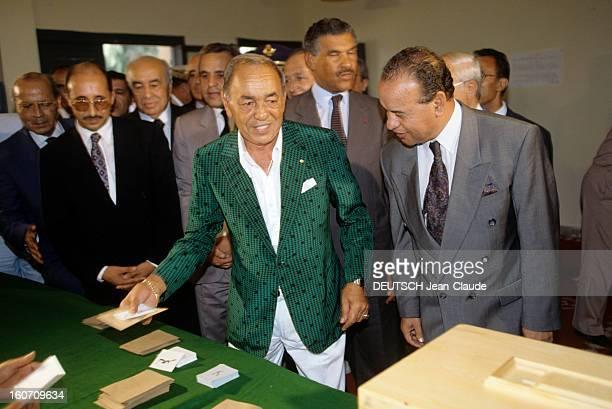 King Hassan Ii Of Morocco And His Son The Crown Prince Mohammed Sidi Au Maroc le 7 septembre 1992 devant des hommes non identifiés le roi HASSAN II...