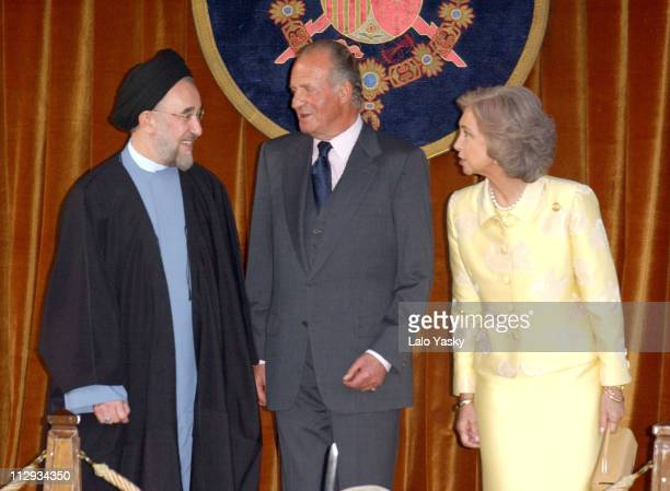 King Juan Carlos and Queen Sofia of Spain receive Iranian President Mohamed Jatami at El Pardo Palace