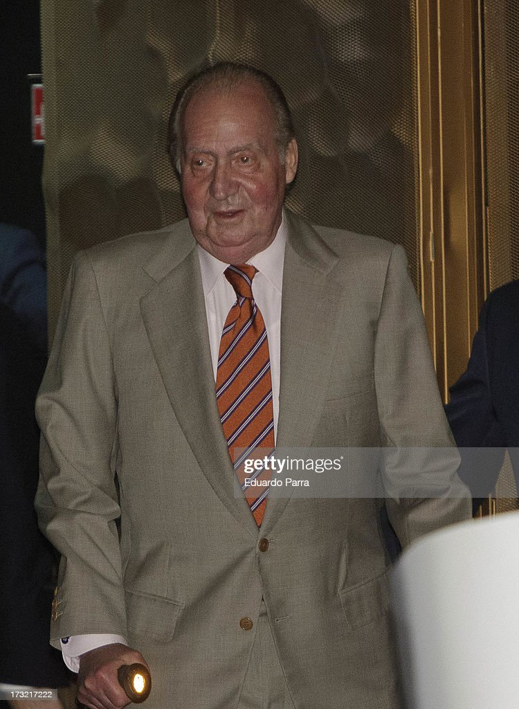 King <a gi-track='captionPersonalityLinkClicked' href=/galleries/search?phrase=Juan+Carlos+I&family=editorial&specificpeople=159452 ng-click='$event.stopPropagation()'>Juan Carlos I</a> of Spain attends delivery of La Caixa scholarships at Caixaforum on July 10, 2013 in Madrid, Spain.
