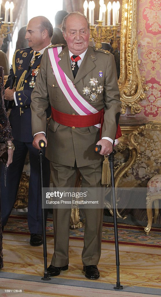 King <a gi-track='captionPersonalityLinkClicked' href=/galleries/search?phrase=Juan+Carlos+I&family=editorial&specificpeople=159452 ng-click='$event.stopPropagation()'>Juan Carlos I</a> of Spain attends the New Year's Military Parade on January 6, 2013 in Madrid, Spain.