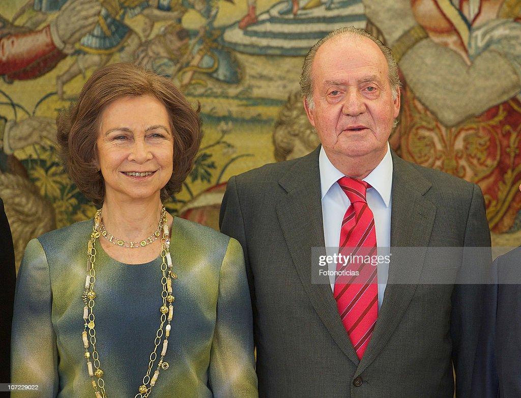 Spanish Royals Meeting with Cruz Roja Foundation