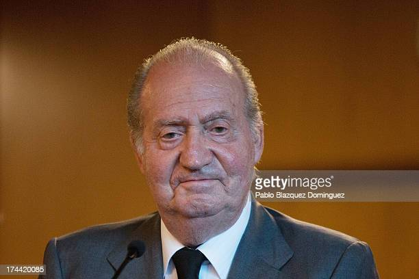 King Juan Carlos of Spain attends Clinico Hospital after a train crash killed at least 80 people on July 25 2013 in Santiago de Compostela Spain The...