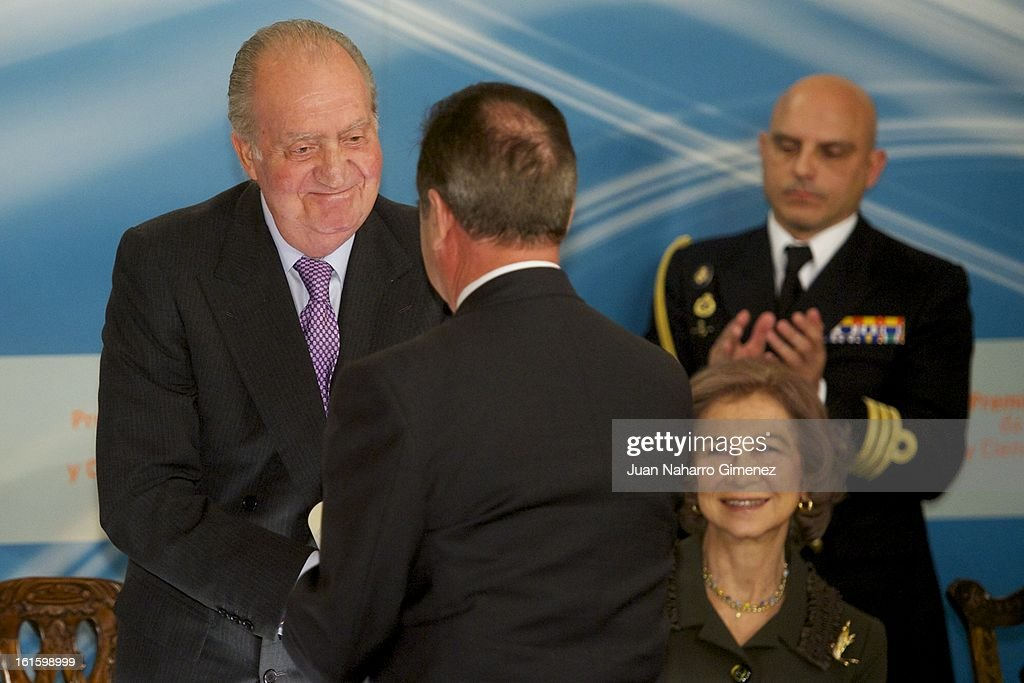 King Juan Carlos of Spain, Juan Diez Nicolas and <a gi-track='captionPersonalityLinkClicked' href=/galleries/search?phrase=Queen+Sofia+of+Spain&family=editorial&specificpeople=160333 ng-click='$event.stopPropagation()'>Queen Sofia of Spain</a> attend 'Sociology and Science Politics 2012 Awards' ( Premio Nacional de Solciologia Y Ciencia Politica 2012) at Zurbano Palace on February 12, 2013 in Madrid, Spain.