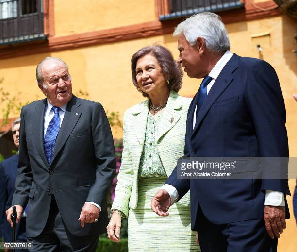King Juan Carlos Queen Sofia and former President of Spain Felipe Gonzalez attends the 25th Anniversary Tribute Of 'Seville Universal Exhibition' on...