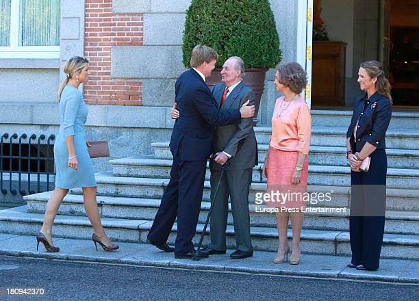 King Juan Carlos Queen Sofia of Spain and Princess Elena of Spain receives the visit of King Willem Alexander and Queen Maxima of The Netherlands at...