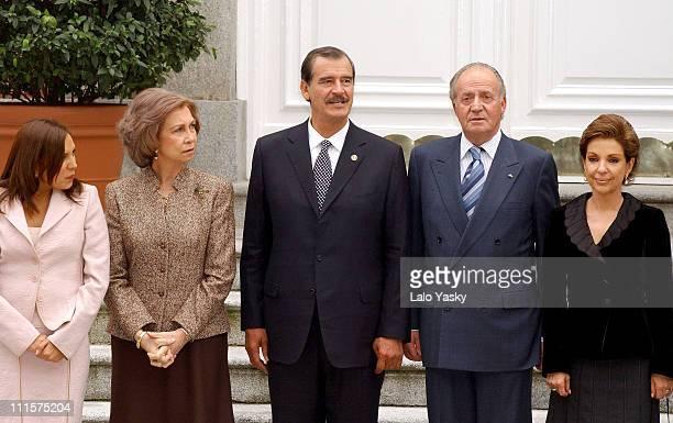 King Juan Carlos Queen Sofia Prince Felipe and Princess Letizia Receive Mexican President Vicente Fox his Wife Marta Sahagun and his daughter...