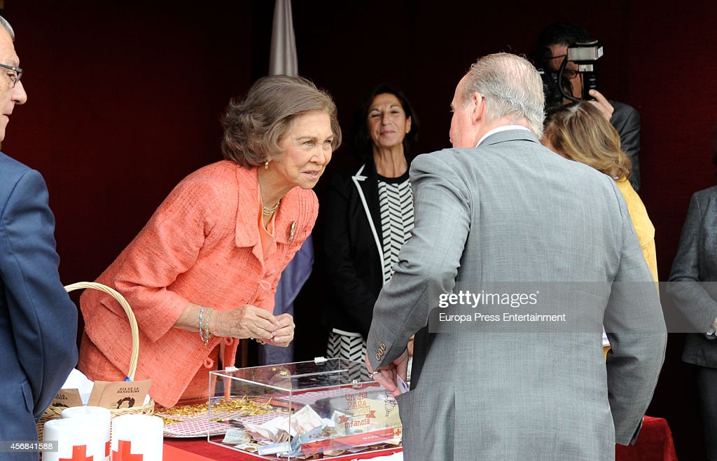 Spanish Royals Attend Red Cross Fundraising Day