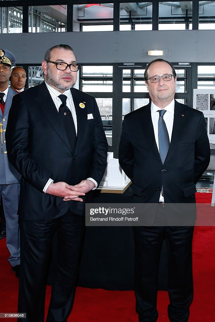 King Mohammed VI of Morocco (L) and French President Francois Hollande (R) present the project to create a Cultural Center of Morocco in 'Saint-Germain des Pres'. Held at Institut du Monde Arabe on February 17, 2016 in Paris, France.
