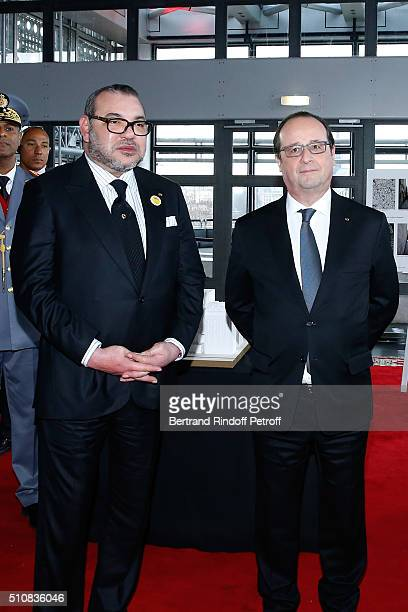King Mohammed VI of Morocco and French President Francois Hollande present the project to create a Cultural Center of Morocco in 'SaintGermain des...