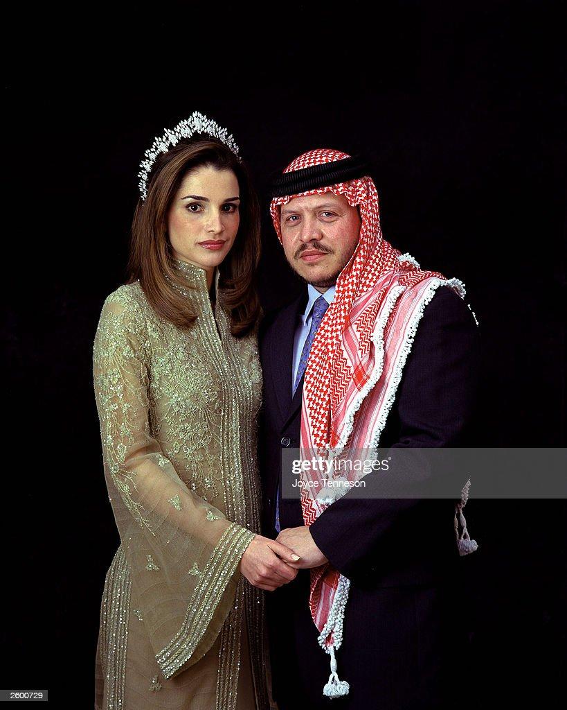 King of Jordan Abdullah II poses with his wife Queen Rania on February 10 2000 in Ahman Jordan