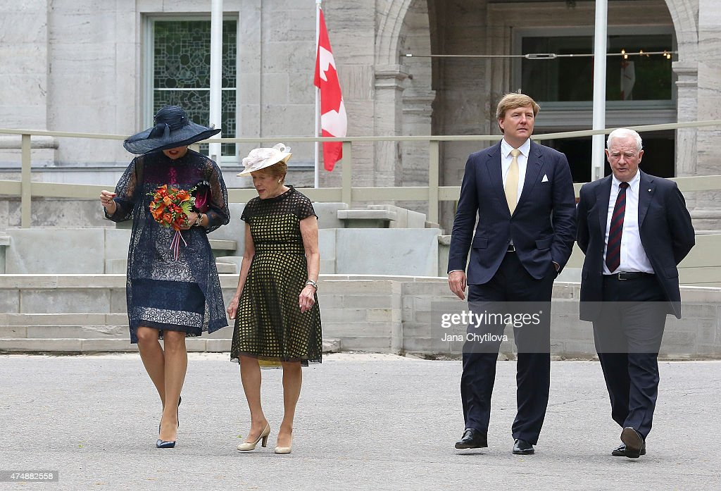 <a gi-track='captionPersonalityLinkClicked' href=/galleries/search?phrase=King+Willem-Alexander&family=editorial&specificpeople=160214 ng-click='$event.stopPropagation()'>King Willem-Alexander</a> (2ndFR) and Queen Maxima (L) of The Netherlands along with The Right Honourable <a gi-track='captionPersonalityLinkClicked' href=/galleries/search?phrase=David+Johnston+-+Politician&family=editorial&specificpeople=7915223 ng-click='$event.stopPropagation()'>David Johnston</a> (R), Governor General of Canada and his wife Mrs. Sharon Johnston (2ndFL) exit Rideau Hall during a during a state visit to Canada, on May 27, 2015 in Ottawa, Ontario, Canada.