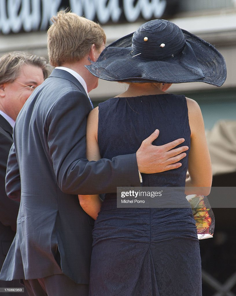 <a gi-track='captionPersonalityLinkClicked' href=/galleries/search?phrase=King+Willem-Alexander&family=editorial&specificpeople=160214 ng-click='$event.stopPropagation()'>King Willem-Alexander</a> and Queen Maxima of The Netherlands during an official visit on June 12, 2013 in Den Bosch, Netherlands.