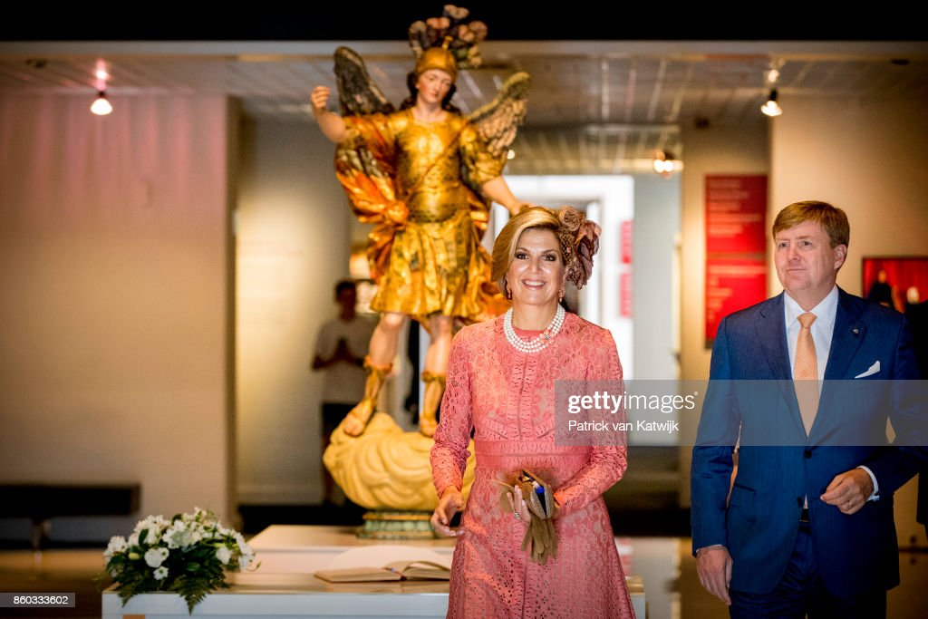 King Willem-Alexander and Queen Maxima of The Netherlands with President Marcelo Rebelo de Sousa visit the Museo Nacional Arte Antiga and the exhibition Rembrandt, Rijksmuseum and Royal Collectionson October 11, 2017 in Lisboa CDP, Portugal.