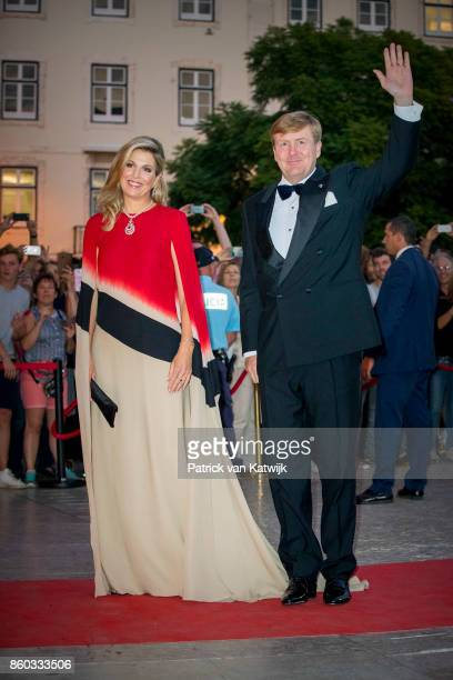 King WillemAlexander of The Netherlands and Queen Maxima of The Netherlands offer a concert by Nynke Laverman and Cristina Branco to president...