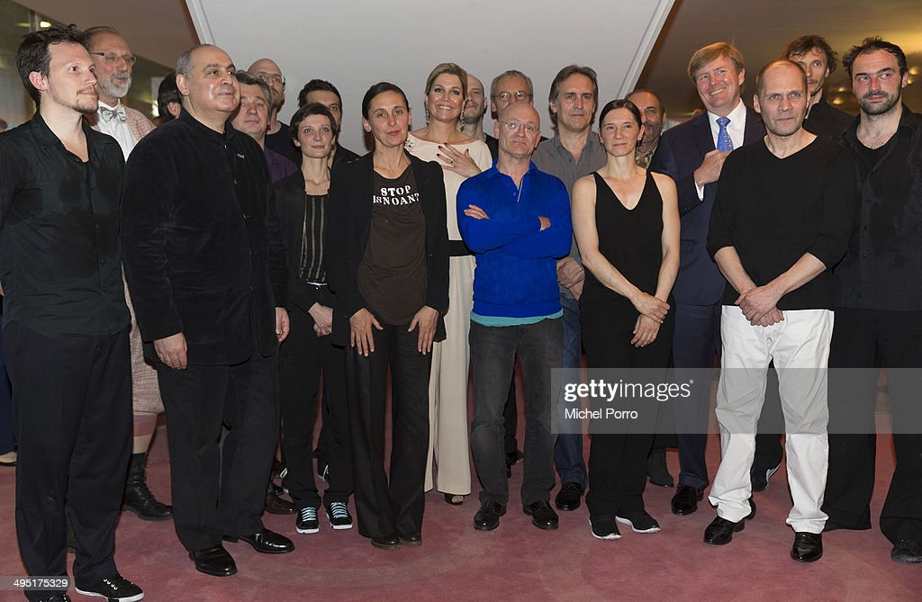 <a gi-track='captionPersonalityLinkClicked' href=/galleries/search?phrase=King+Willem-Alexander&family=editorial&specificpeople=160214 ng-click='$event.stopPropagation()'>King Willem-Alexander</a> of The Netherlands (R) and Queen Maxima of The Netherlands (L) pose with the cast after the opening of Holland Festival on June 1, 2014 in Amsterdam, Netherlands.