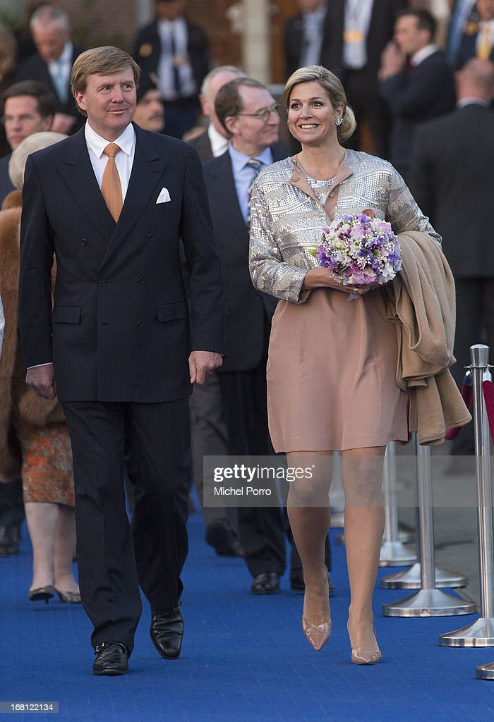 <a gi-track='captionPersonalityLinkClicked' href=/galleries/search?phrase=King+Willem-Alexander&family=editorial&specificpeople=160214 ng-click='$event.stopPropagation()'>King Willem-Alexander</a> of The Netherlands and Queen Maxima of The Netherlands attend the Freedom Concert on May 5, 2013 in Amsterdam Netherlands.